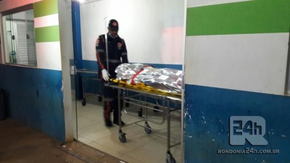 Esfaqueado foi socorrido pelo SAMU ao hospital, em Ariquemes
