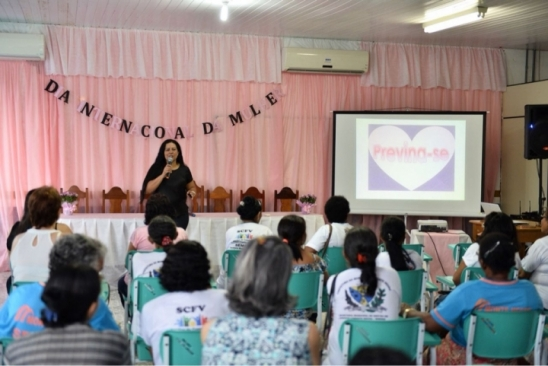 Secretaria de Saúde de Monte Negro celebra o