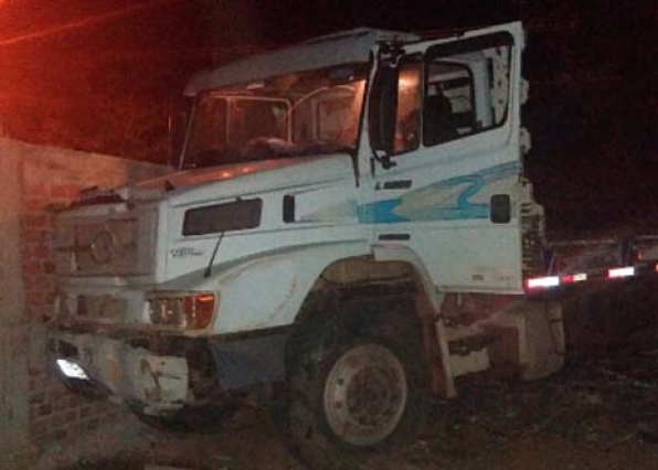 Ptran do 7º BPM age rápido, recupera caminhão furtado e prende infrator, em Monte Negro