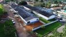 Prefeitura de Monte Negro revitaliza calçamento e acessibilidade do hospital municipal, em RO