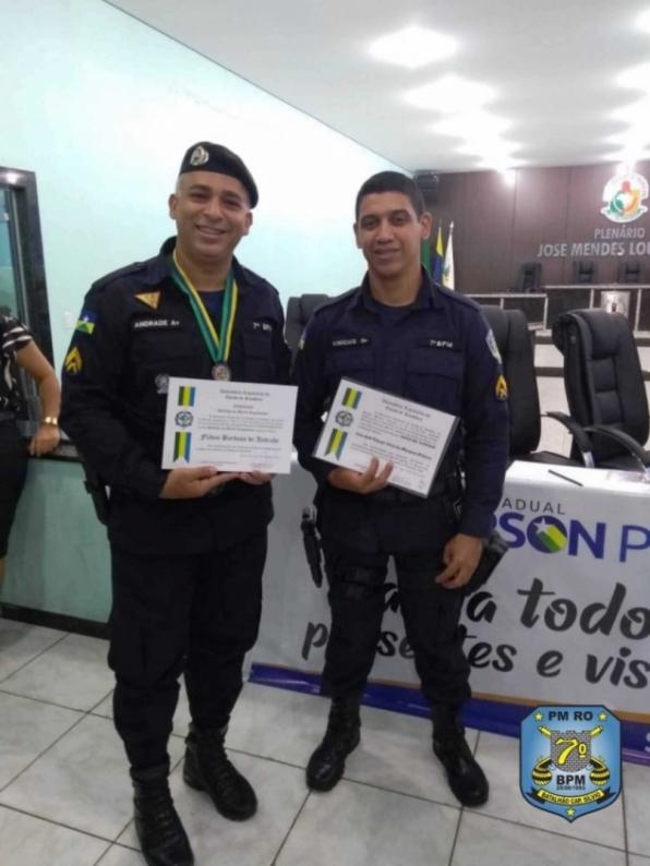 Policiais Militares do 7º BPM recebem Medalha do Mérito Legislativo e Voto de Louvor