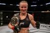 Em duelo vaiado, Valentina Shevchenko supera Liz Carmouche e mantém cinturão