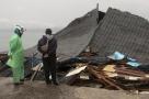 Sobe para 30 número de mortos em terremoto na Indonésia